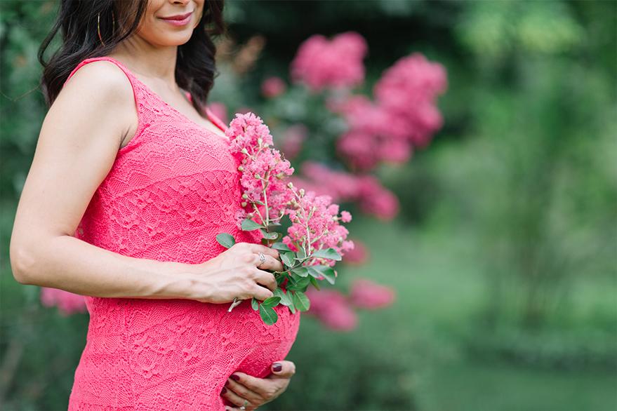 Photographe de grossesse Couple Shooting Photo Enceinte séance Photo de future Maman Photographe de Grossesse à Grenoble Yeter Kurt Photography