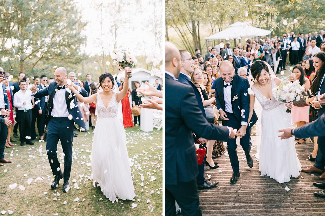 Sorti de Cérémonie Couple Heureux Pétales de Roses Un Mariage au Domaine de la Butte Ronde Yeter Kurt Photography