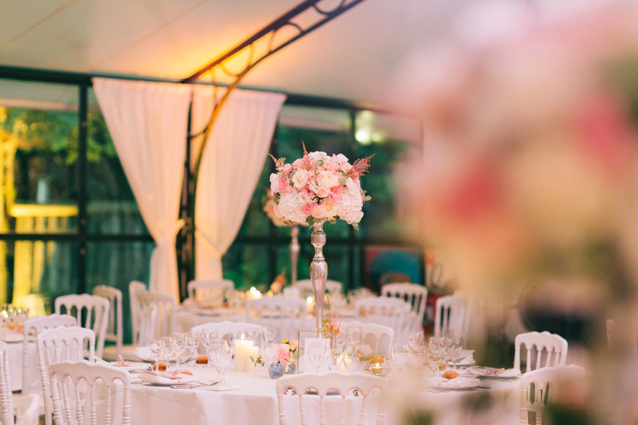 Composition florale mariage Decoration Florale pour table de Mariage un Mariage au Domaine de La Butte Ronde Yeter Kurt Photography