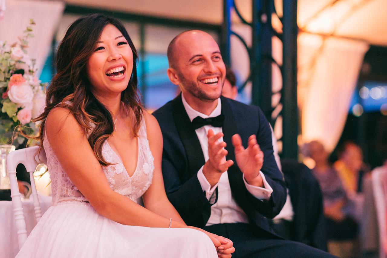 Photo soirée mariage avec un couple très heureux au domaine de la Butte Ronde a paris Yeter Kurt Photography