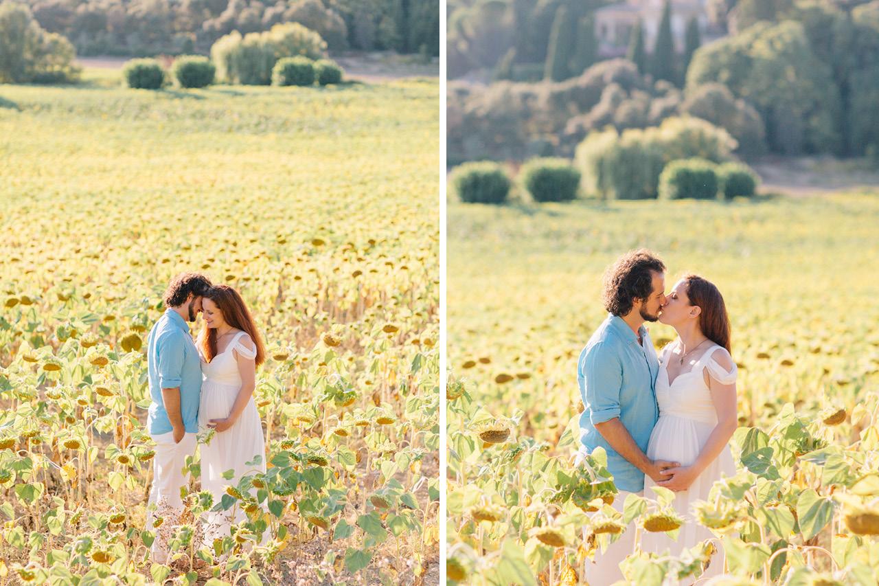 magnifique future maman dans un champs de tournesol, seance photo grossesse en provence, photographe grossesse grenoble