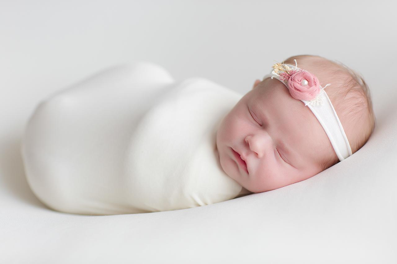 magnifique nouveau né magnifique petite fille nouveau né a domicile